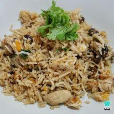 Receta de Arroz con pollo y champiñones en arrocera #RecetasGratis #RecetasFáciles #RecetasdeCocina #Arroz #ArrozConPollo
