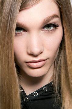 Best Lipsticks Fall 2014 - 15 Hottest Lipsticks For Fall - Harper's BAZAAR #prom