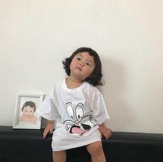 Cute Asian Babies, Korean Babies, Asian Kids, Cute Babies, Cute Little Baby, Little Babies, Cute Korean, Korean Girl, Cute Baby Meme