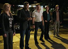 Still of Laurence Fishburne, Marg Helgenberger, George Eads, Jorja Fox and Eric Szmanda in CSI: Crime Scene Investigation (2000)