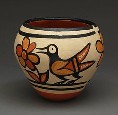 Pottery bowl with bird and flower designs by Rose Pacheco (Santo Domingo)
