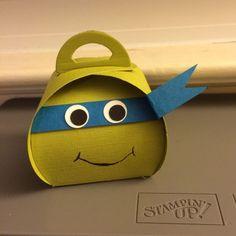 Ninja Turtle treat box with the Curvy Keepsake box framelit die from Stampin' Up! by alexandra