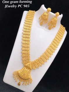 One gram gold jewellery Available at Ankhjewels for booking WhatsApp on 1 Gram Gold Jewellery, Mens Gold Jewelry, Emerald Jewelry, Bridal Jewelry, Jewelry Art, Gold Earrings Designs, Jewelry Patterns, Indian Weddings, Gold Necklace