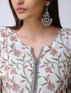 Neck Designs to Try with Plain Kurtis - Indian Fashion Ideas Chudidhar Neck Designs, Salwar Neck Designs, Churidar Designs, Kurta Neck Design, Neck Designs For Suits, Neckline Designs, Kurta Designs Women, Dress Neck Designs, Designs For Dresses
