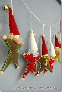 Fabric & Felt & Sewing - handmade christmas ornaments and decorations Felt Christmas Ornaments, Noel Christmas, Homemade Christmas, Winter Christmas, Christmas Projects, Felt Crafts, Holiday Crafts, Felt Decorations, Christmas Decorations