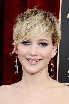 Jennifer Lawrence | Proof That Bangs Can Totally Change Your Face