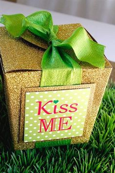 "Hostess with the Mostess® - ""Kiss ME"" St. Patrick's Day Party!"