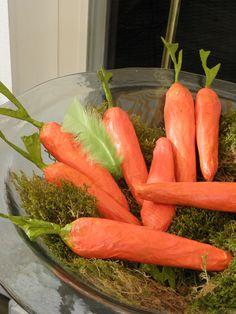 Seeligkeitssachen, Möhren, Papiermaché, carrots, papermache #möhren #carrots #papiermache #vegan #ostern #dekoration