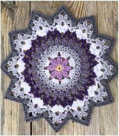 Transcendent Crochet a Solid Granny Square Ideas. Inconceivable Crochet a Solid Granny Square Ideas. Crochet Mandala Pattern, Granny Square Crochet Pattern, Afghan Crochet Patterns, Crochet Patterns For Beginners, Crochet Squares, Crochet Doilies, Doily Patterns, Tattoo Men Small, Crochet Mandela