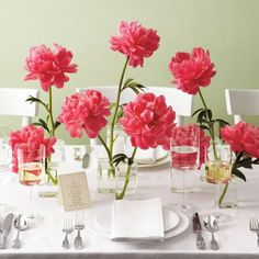 12 Peony-Inspired Wedding Ideas For The Prettiest Day Ever - Wilkie Blog! - Fuchsia pink peony centerpiece