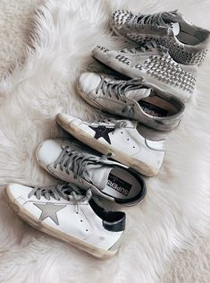You guys know how obsessed I am with my Golden Goose sneakers; I practically live in them every day! Well one of my favorite retailers is having a big sale right now and you have the chance to get a… Trendy Shoes, Cute Shoes, Me Too Shoes, Casual Shoes, Casual Outfits, Girly Outfits, Casual Sneakers, Golden Goose Sale, Baskets