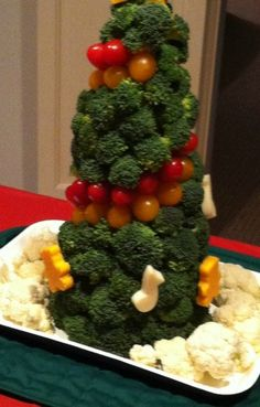 DIY Vegetable Christmas Tree
