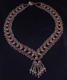 Pink and Silver Beaded Necklace Pattern by Cecilia Rooke at Bead-Patterns.com