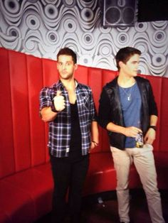 Dan Ewing (who plays Heath Braxton) and Nic Westaway (who plays Kyle Braxton) from Home and Away