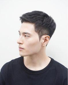 Popular Haircuts For Short Hair Men Asian Boy Haircuts, Asian Man Haircut, Haircuts For Men, Korean Men Hairstyle, Korean Short Hair, Short Hair Cuts, Men Hairstyle Short, Trendy Mens Hairstyles, Boy Hairstyles