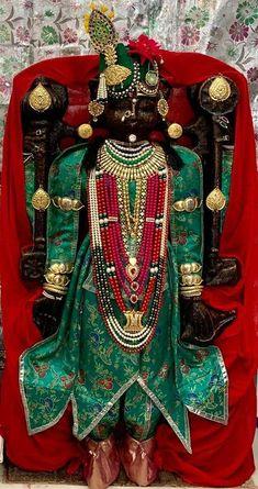 Krishna Temple, Lord Krishna, Shiva Angry, Shree Krishna Wallpapers, Lord Jagannath, Fruit Gifts, Jai Shree Krishna, Indian Gods, Framed Art
