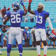 Hotels Near Basketball Hall Of Fame New York Basketball, New York Giants Football, Nfl Football Players, Basketball Players, Football Helmets, Basketball Outfits, Odell Beckham Jr Wallpapers, Popular Sports, Sports Stars