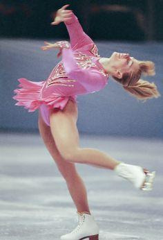 Tonya Harding admits to previous knowledge of attack on Nancy Kerrigan 1984 Winter Olympics, Nancy Kerrigan, Ice Girls, Ice Skating Dresses, Ice Skaters, Gone Girl, Film Aesthetic, Sport Girl, Figure Skating
