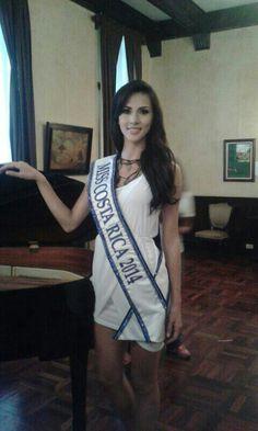 Karina Ramos Miss C.R 2014