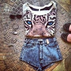 shirt shorts beautiful accessories cute leopard print sweater tiger tiger sweater animal face print t-shirt shoes jewelry sunglasses summer outfits t-shirt jewelry