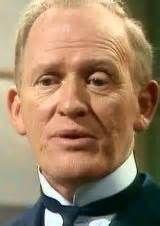 """Gordon Jackson als de butler Hudson in de serie """"Upstairs Downstairs"""" 1971-1975. Gordon Jackson stierf in 1990."""