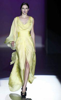 www.fashion2dream.com Designer and Catwalk Fashion 2013 Madrid Primavera Verano 2013  Hannibal Laguna