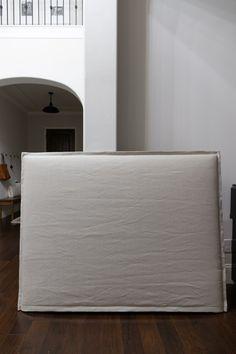 Slipcovered Headboard, Linen Headboard, Diy Headboards, Slipcovers, Making A Bed Frame, Bed Cover Design, Headboard Cover, Sofa Furniture, French Seam