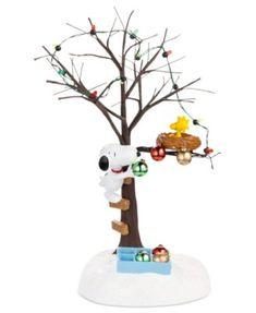 Department 56 Peanuts Village Sharing Christmas Spirit Collectible Figurine