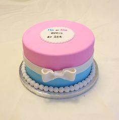 Gender Reveal cake. It's a girl! http://instagram.com/p/zS1sAuyX-1/?modal=true