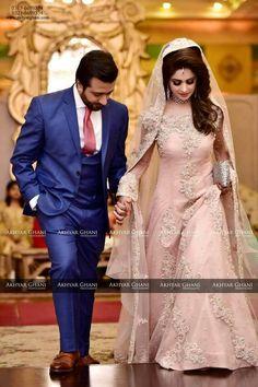 Muslim wedding photography ideas pakistani bridal new ideas Indian Bridal Outfits, Pakistani Wedding Outfits, Indian Bridal Fashion, Pakistani Wedding Dresses, Indian Dresses, Walima Dress, Formal Dresses For Weddings, Unique Weddings, Couple Wedding Dress
