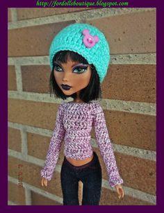 Gorro y jersey para muñecas Monster  de mamimonster por DaWanda.com