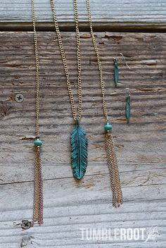 Super cute Native-American inspired feather necklace and earring set! Color shown: Antiqued Turquoise.