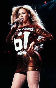 Beyonce Outfits 2014 | ... mafia Beyonce on her 2014 tour in a Tom Ford molly mini dress 1