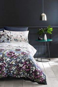 Be Guest Ready This Christmas | Bedroom Decor Ideas, Floral Duvet Cover In  Dark Background