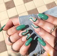 Acrylic Nails Coffin Short, Simple Acrylic Nails, Square Acrylic Nails, Almond Acrylic Nails, Best Acrylic Nails, Square Nails, Acrylic Nail Designs, Green Nail Designs, Square Nail Designs