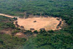 Vista aérea da aldeia Ipatse, no Parque Indígena do Xingu.