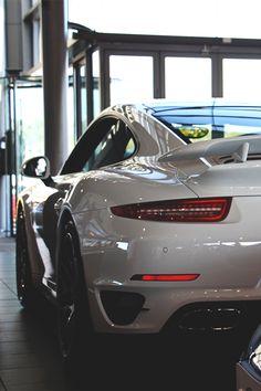 — Porsche 991