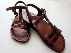 HOLYLAND Jesus Sandals  The modern leather style sandals in