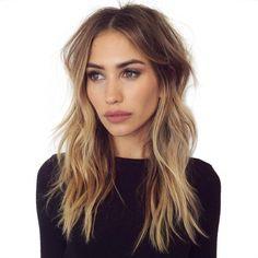 Top 35 Modèle de cheveux mi-longs les plus Inspirants   Coiffure simple et facile