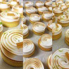 """603 """"Μου αρέσει!"""", 4 σχόλια - Argiris Papastavrou (@argiris_papastavrou) στο Instagram: """"Lemon and lime tarts 🍋💣 Banqueting #whipping #pastry #dionysos_pastryteam #patisserie #citron…"""""""
