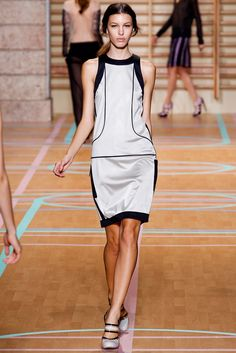 Versus Versace Spring 2012 Ready-to-Wear Fashion Show - Kate King