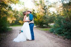 Bride and Groom Pose Click through to see the full gallery.  Caroline Ann Photography College Station Wedding Photographer