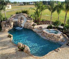 Pool goals 👌😍 #pool #pools #swim #swimming #swimmingpool #swimmingpools #homes #mansion #mansions #luxury #lifestyle #architecture…