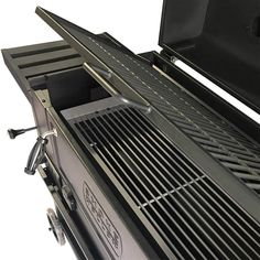 Bbq Smoker Trailer, Brick Bbq, Iron Front Door, Clever Gadgets, Smoke Grill, Charcoal Bbq, Grill Design, Cast Iron Cooking, How To Cook Steak