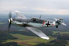 Bf 109 G | Bf 109 G-4: Bauchlandung nach Motorproblemen | Klassiker der Luftfahrt