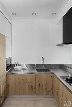 Кухня, Pedini. Столешница из нержавеющей стали. Вытяжка, мастерская Working Gang.