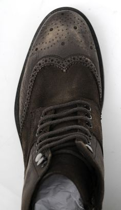 Military style taken in a luxurious new direction in these Donald J Pliners.  |  Want your own? http://www.frieschskys.com/footwear  |  #frieschskys #mensfashion #fashion #mensstyle #style #moda #menswear #dapper #stylish #MadeInItaly #Italy #couture #highfashion #designer #shopping