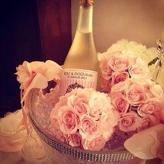 He put the ring on it- diamond- event-party- wedding party-organization- details- proposal- nisan- soz- dugun- parti- davet- organizasyonu-by ece collection- kiz isteme-engagement -floral-flowers- cicekler-kutlama-customize