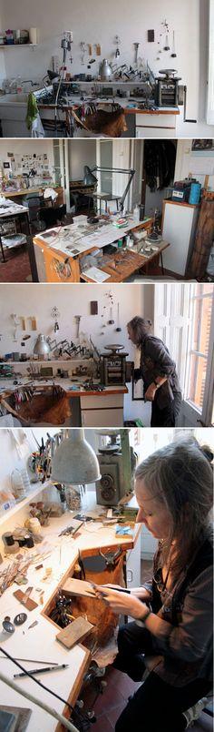 Fragments That Became Jewels My Art Studio, Dream Studio, Workshop Studio, Studio Organization, Jewelry Tools, Space Crafts, Working Area, Art Studios, Artist At Work