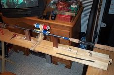 Another Rod Wrapping Jig Rod Building Supplies, Fly Fishing Equipment, Custom Fishing Rods, Bamboo Fly Rod, Fly Rods, Red Fish, Trout Fishing, Fishing Tips, Projects To Try